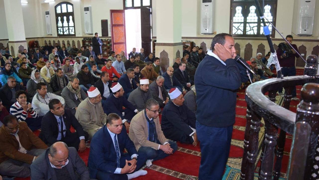 رجل أعمال قطري يتبرع لبناء مسجد جامعة سوهاج الجديدة (صور)