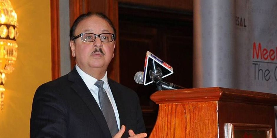 وزير الاتصالات: إنشاء «فيس بوك» مصري قريبًا