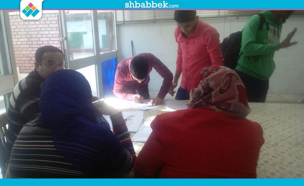 التقديم بدون برنامج انتخابي.. 10 طلاب يتقدمون بأوراقهم في اتحاد «زراعة أسيوط»
