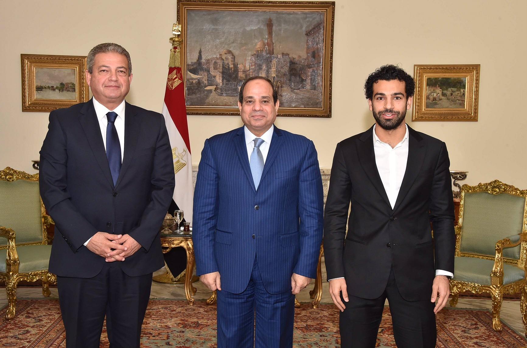 السيسي يشكر محمد صلاح على تبرعه لصندوق «تحيا مصر»