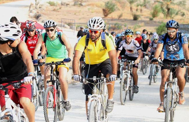 جامعة قناة السويس تستضيف مهرجان الدراجات لطلاب الجامعات
