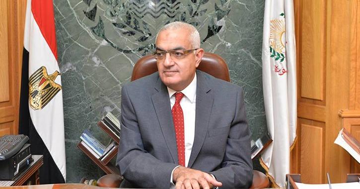 جلسة طارئة لمجلس التأديب الأعلى بجامعة المنصورة بسبب واقعة «احتضان طالبة»