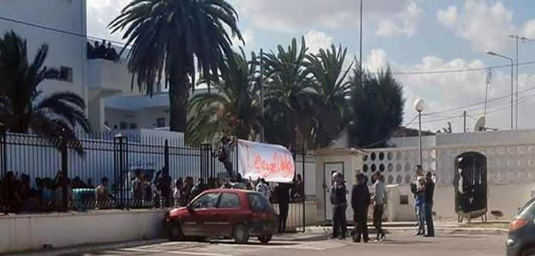 وقفة احتجاجية لجماهير النجم بسبب الهزيمة التاريخية من الأهلي