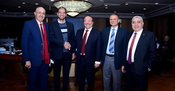 http://shbabbek.com/upload/جامعة طنطا تحصل على 10 مليون جنيه لإنشاء مشروع التميز في النانو