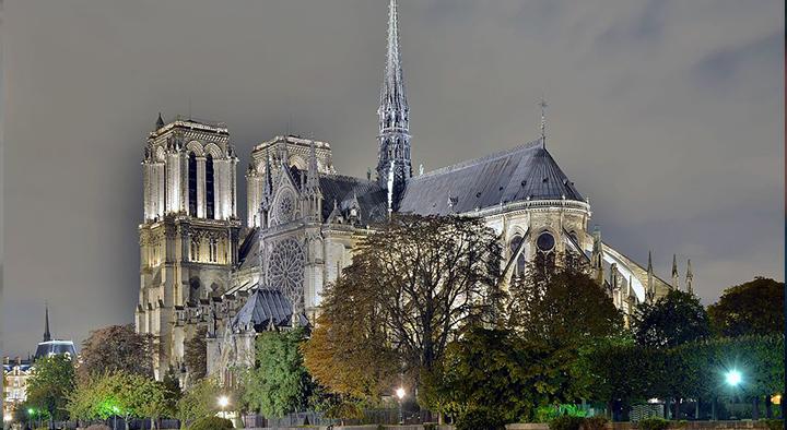 ما لا تعرفه عن كاتدرائية «نوتردام» الفرنسية.. شهدت حفل تتويج نابليون الأول