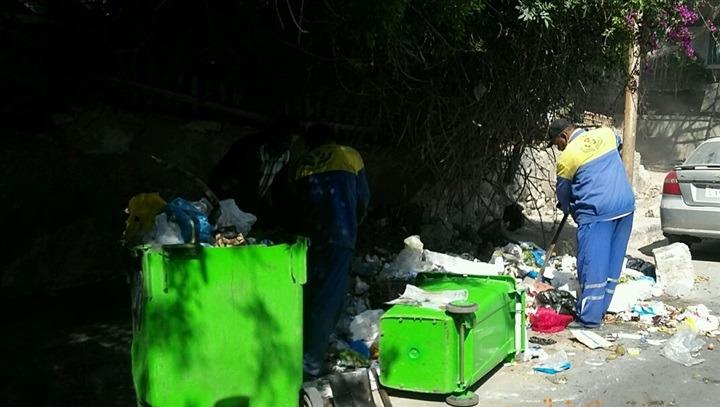 عامل نظافة يعثر على جثتي طفلين في صندوق قمامة بالإسكندرية