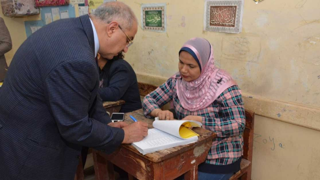 نائب رئيس جامعة أسيوط من لجنة الانتخابات: «علماء مصر قدوة للمجتمع»