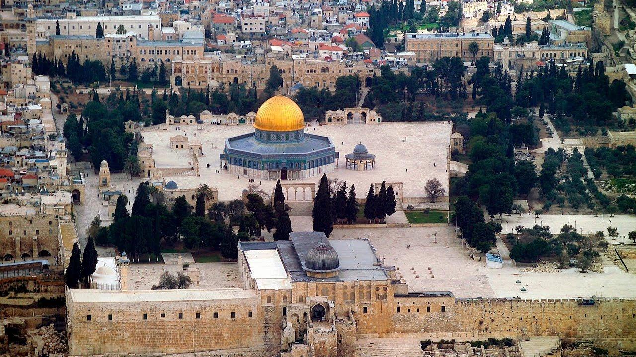قوات الاحتلال تفك الحصار عن المسجد الأقصى