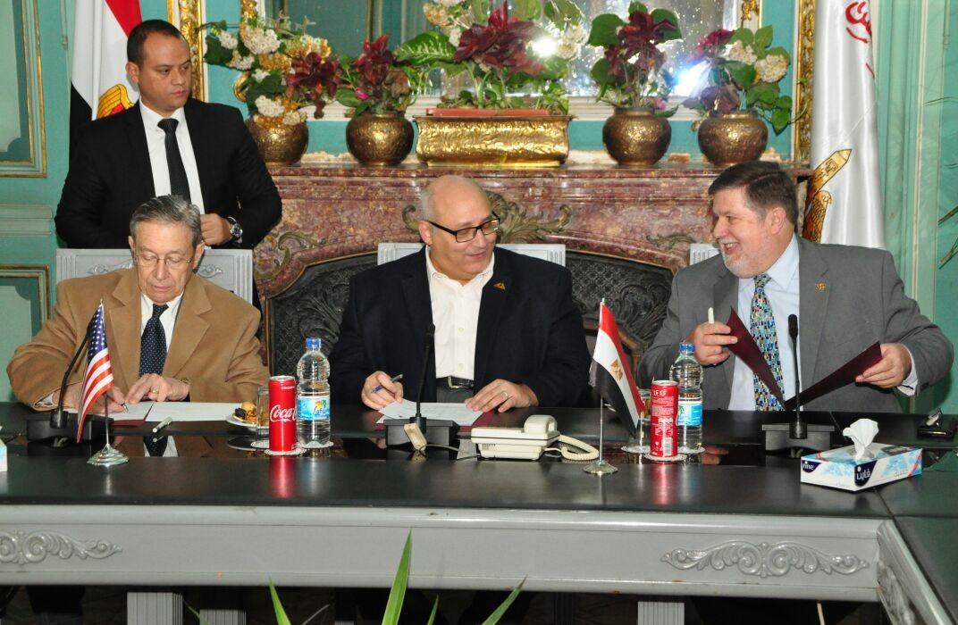 بروتوكول تعاون بين جامعة عين شمس وجامعات أمريكية