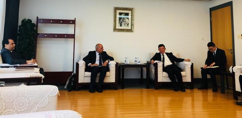 رئيس جامعة كفر الشيخ يناقش إنشاء «معهد كونفوشيوس» مع الصين