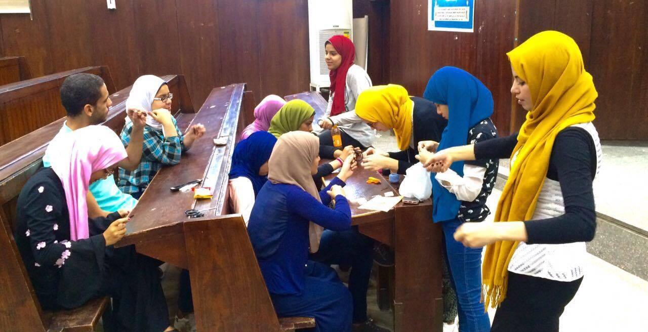 نموذج محاكاة اليونسكو بـ«سياسة القاهرة» يستكمل تدريباته للطلاب (صور)