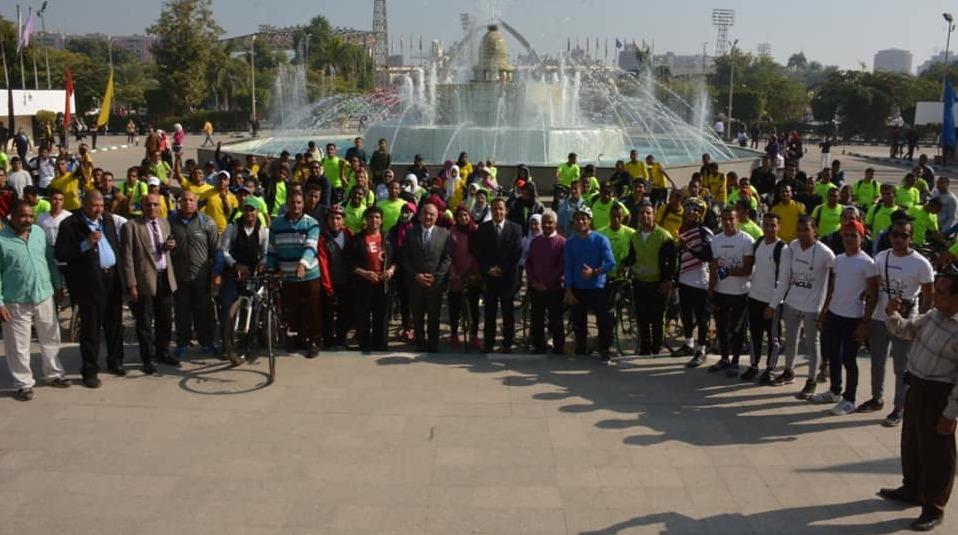 إطلاق نشاط تجريبي لرابطة «دراجي جامعة أسيوط» بمشاركة 500 طالب وطالبة