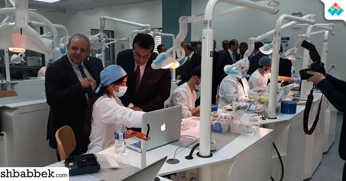 بالصور.. وزير التعليم العالى يزور جامعة بيروت العربية