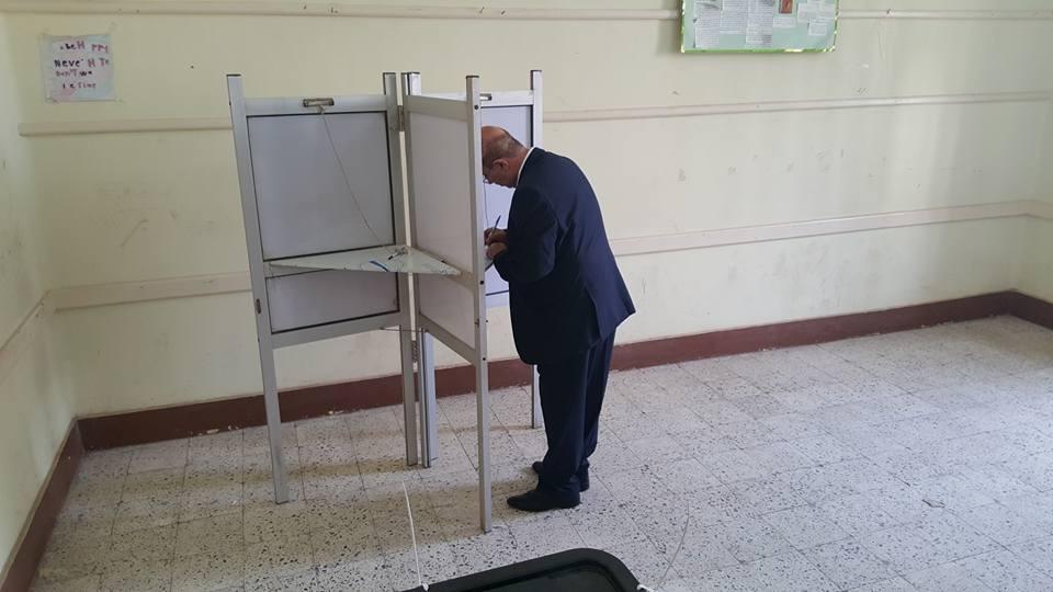 رئيس جامعة أسيوط ينتخب: «واجب وطني لصالح الاستقرار»