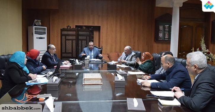 رئيس جامعة بني سويف يعلن انتهاء أعمال تطوير مركز المؤتمرات