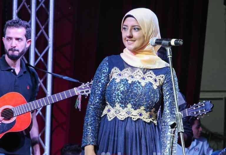 http://shbabbek.com/upload/اصطباحة النهاردة.. الطالبة نادين العمروسي