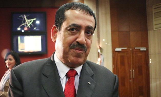 القنصل الفلسطيني من جامعة الإسكندرية: الريشة سلاح ضد الاحتلال