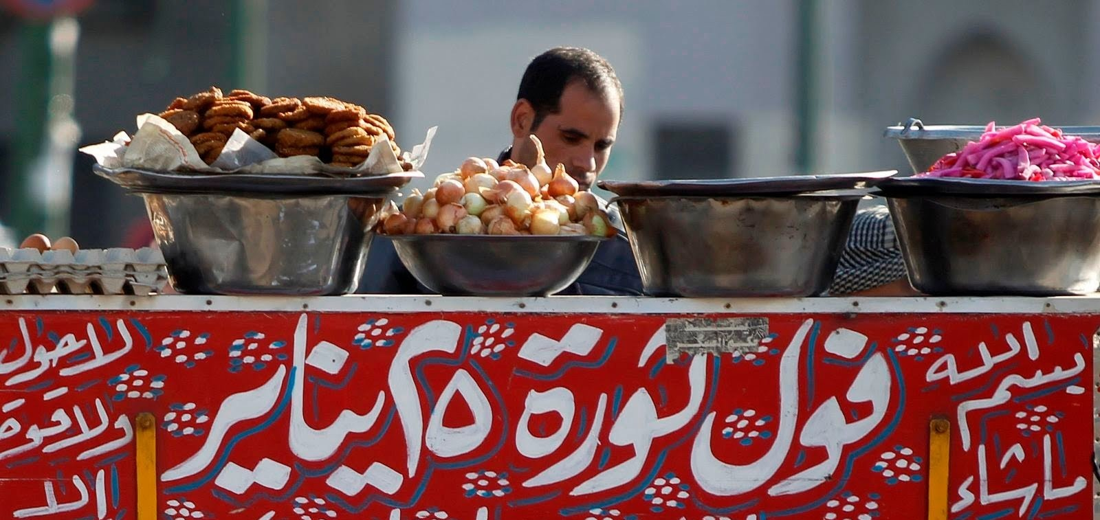 عند «ومبي» ومرزوقة.. لا يفوتك سحور القاهرة على عربيات الفول