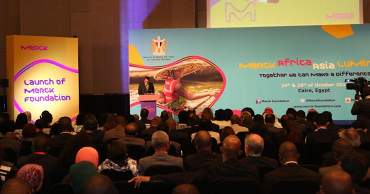 وزير التعليم العالي: نتطلع لإقامة علاقة طويلة الأمد مع مؤسسة ميرك