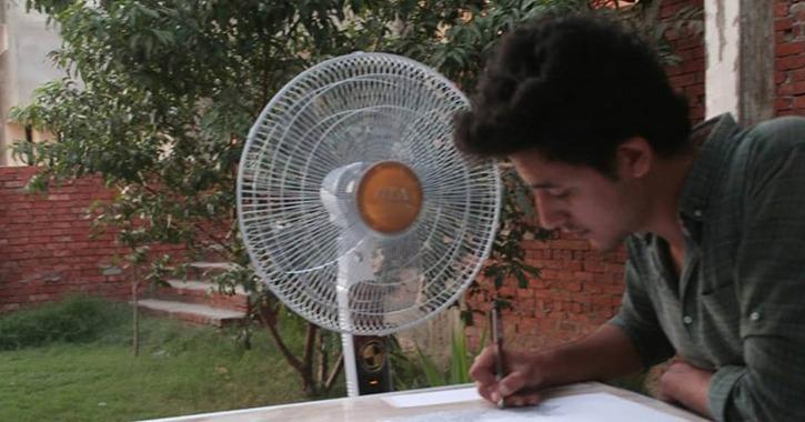 الرسم على «اللب والفلوس».. الطالب باسم الحكيم يبتكر فنا جديدا