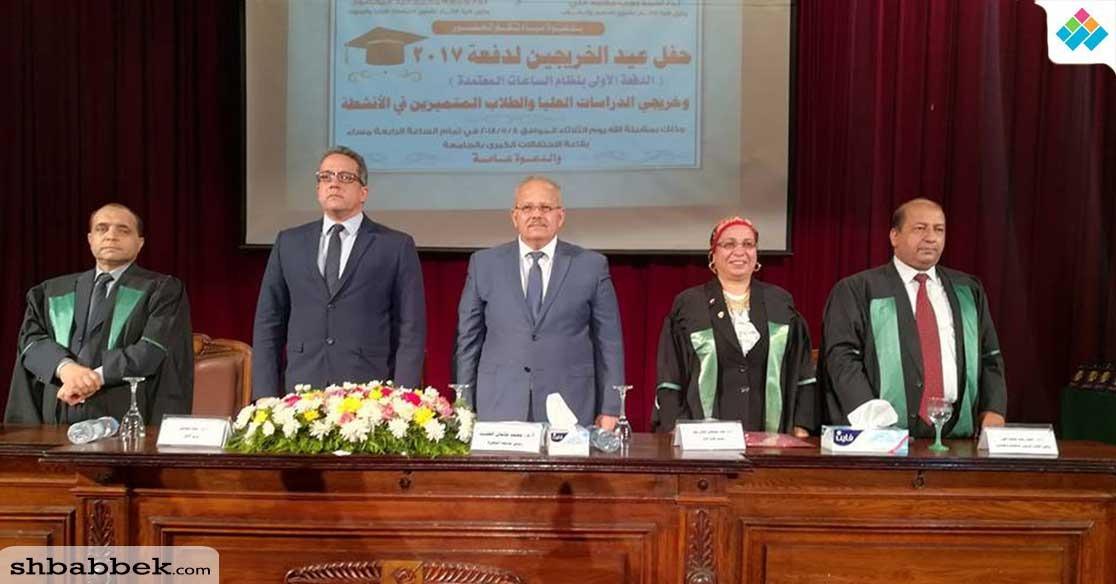 وزير الآثار لخريجي جامعة القاهرة: «عليكم العمل والمستقبل ده بتاع ربنا»