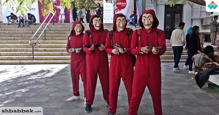 شخصيات الرسوم المتحركة تتجول في مهرجان «إيجي كون» بالجامعة الأمريكية