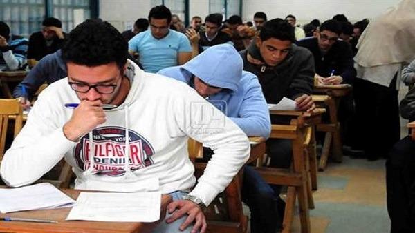 امتحان الاحياء 2019.. اسئلة عايزة طالب فاهم مش حافظ اجابات نصية