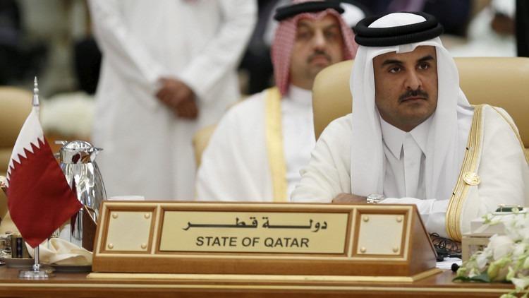 صحيفة أجنبية تكشف عن فدية بمليار دولار أججت الخلاف بين الخليج وقطر