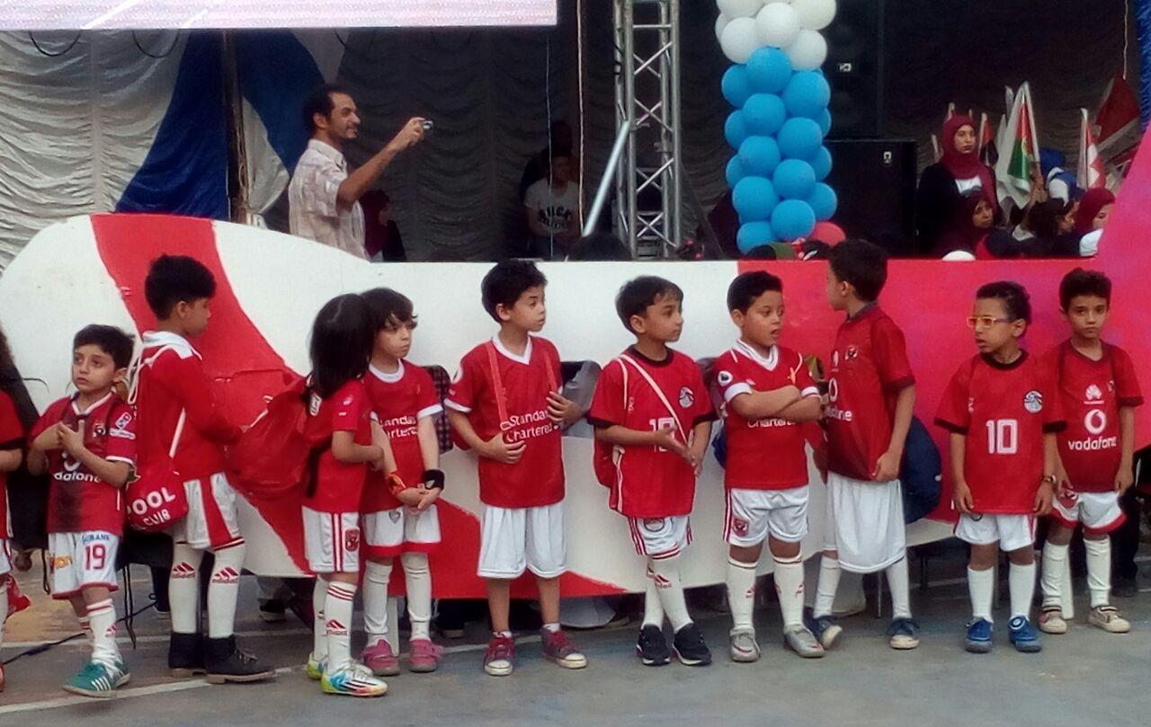 بالصور.. حفل لأطفال مدارس «فضل الحديثة» تحت شعار مصر في كأس العالم
