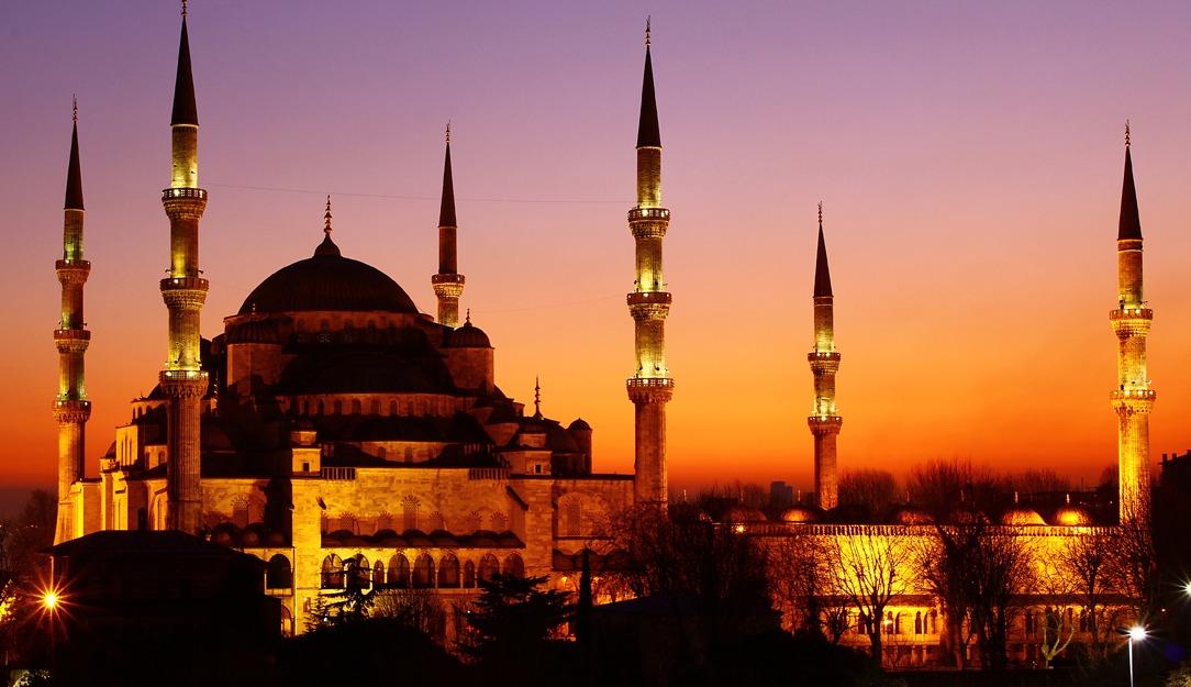 داعية إسلامي: هذا الوقت المناسب للسحور والإفطار (فيديو)