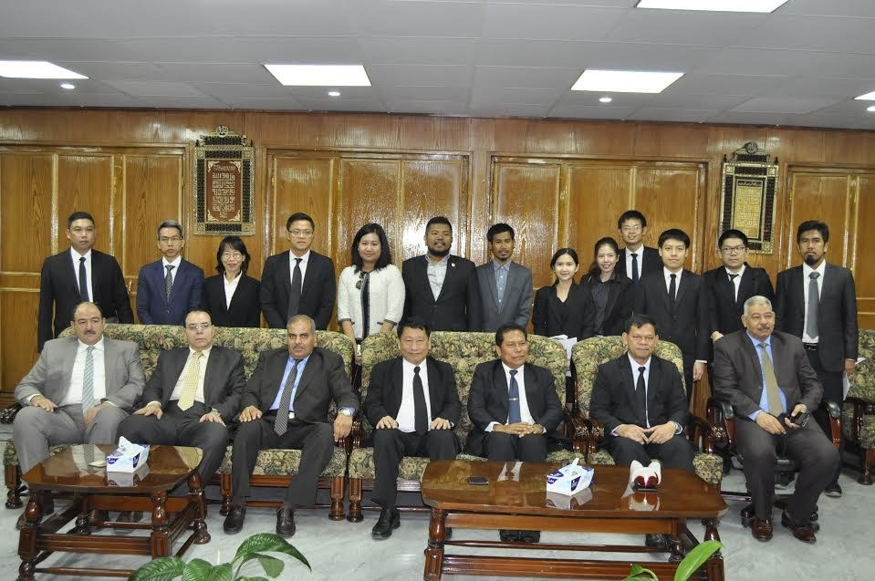 http://shbabbek.com/upload/لبحث زيادة التعاون.. رئيس جامعة الأزهر يلتقي وفدا من تايلاندا