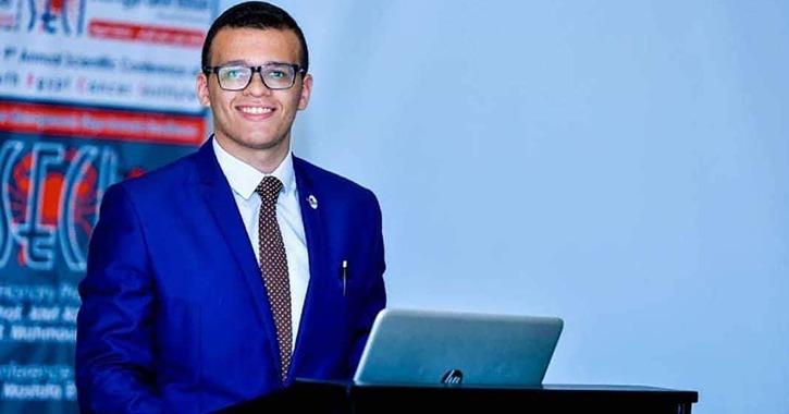 عبد الرحمن ماهر رئيسا لاتحاد طلاب كلية الآداب جامعة أسيوط