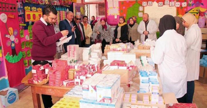 جامعة طنطا توقع الكشف الطبي على 2096 حالة بقرية «نواج»