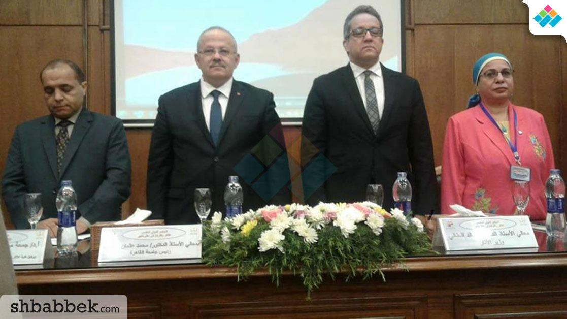 وزير الآثار من جامعة القاهرة: بناخد قروض لدفع مرتبات الموظفين