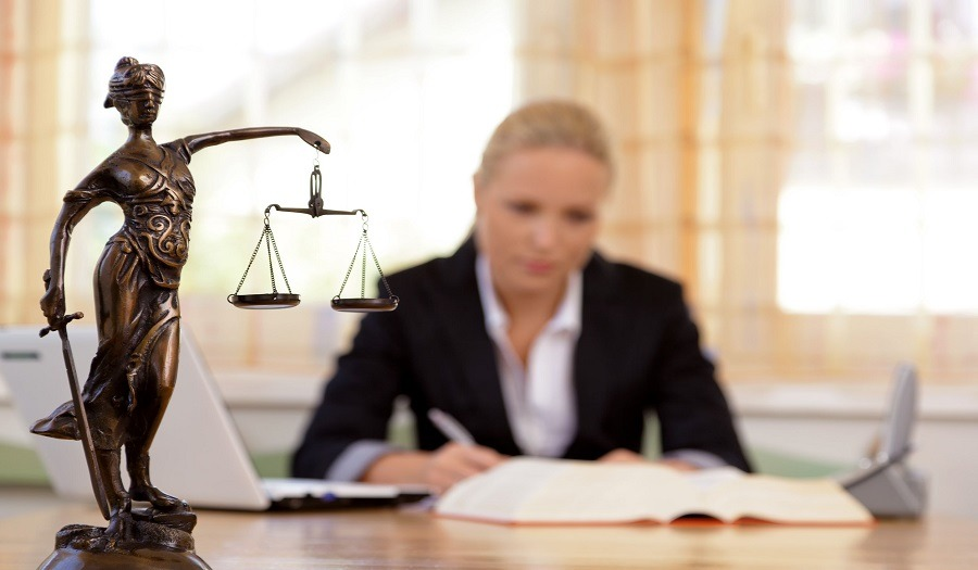 مكتب محاماة يطلب محامين خبرة