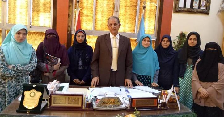 3 طالبات يحصدن لقب «الطالبة المثالية» في كلية دراسات إسلامية بنات بالزقازيق