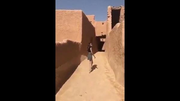 http://shbabbek.com/upload/شاهد.. «فتاة الشورت» تثير ضجة في السعودية و«تليجراف» تندهش من رد المملكة