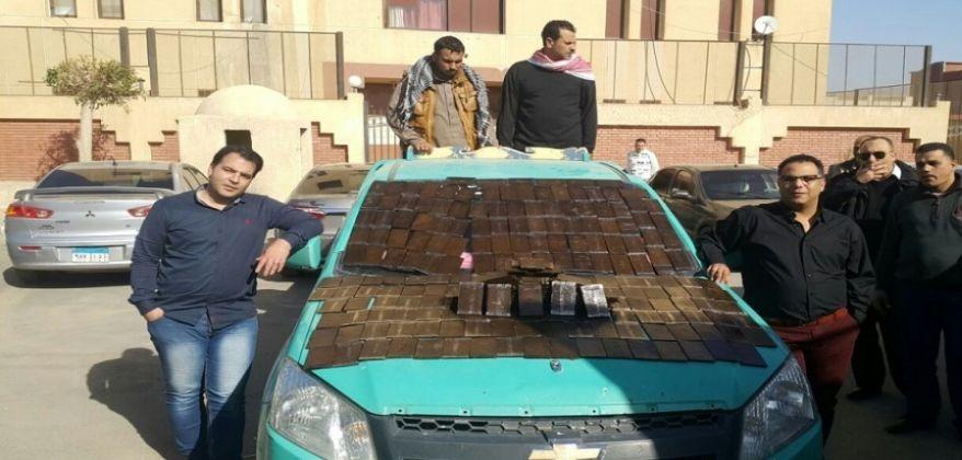 محام يقود عصابة تضم 4 أمناء شرطة لسرقة مخزن مخدرات بالجيزة