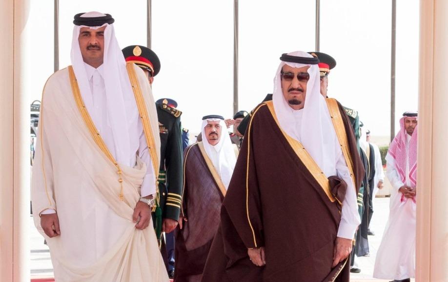 قطع العلاقات مع قطر.. ماذا يقول القطريون على «تويتر»؟