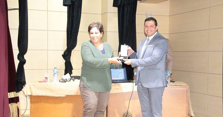 كلية اللغة والإعلام بالأكاديمية العربية تناقش «تحويل الفشل إلى نجاح»