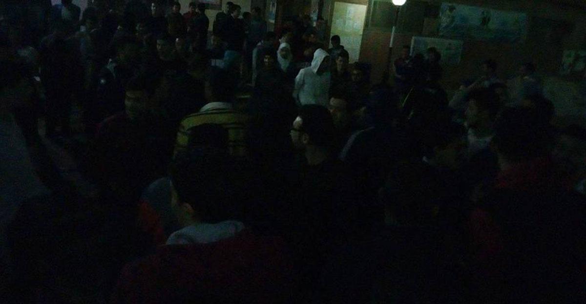طلاب جامعة بنها يتجمهرون في منتصف الليل بعد سحب «البوتوجازات» من المدينة