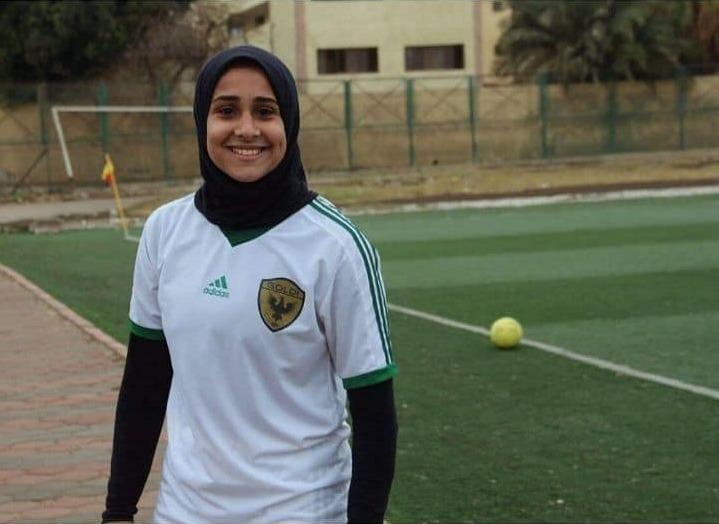 http://shbabbek.com/upload/«زيزي».. جوكر كرة القدم النسائية تسعى للاحتراف في الخارج