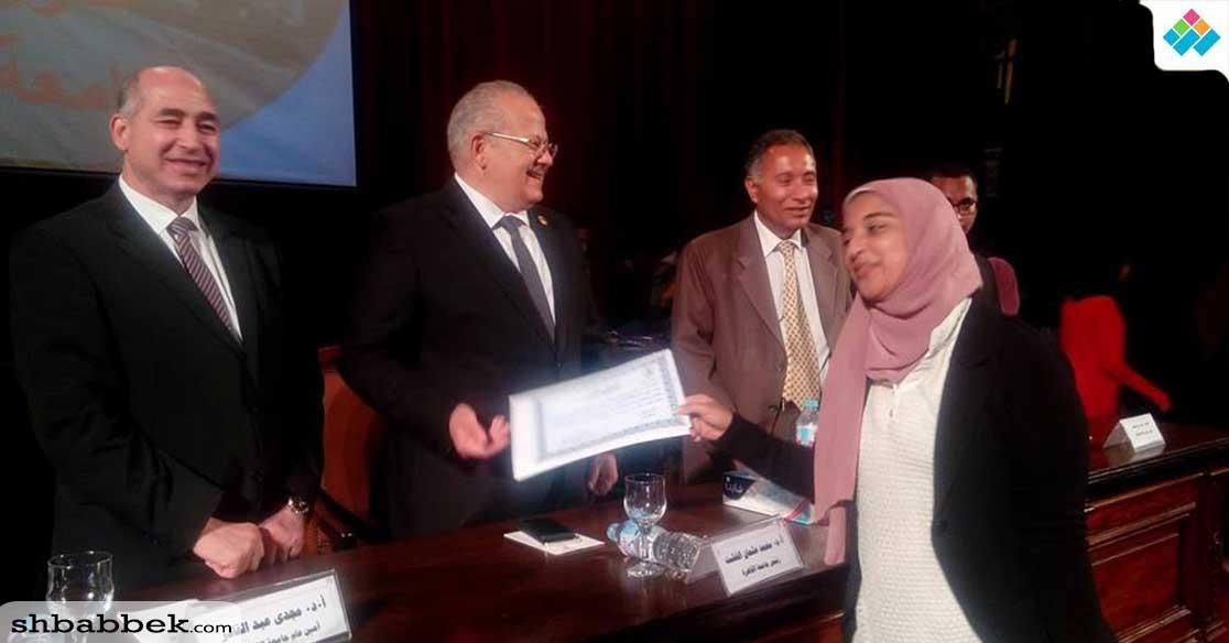 كلية الإعلام تحصل على المركز الأول في مسابقة الميثاق الأخلاقي بجامعة القاهرة
