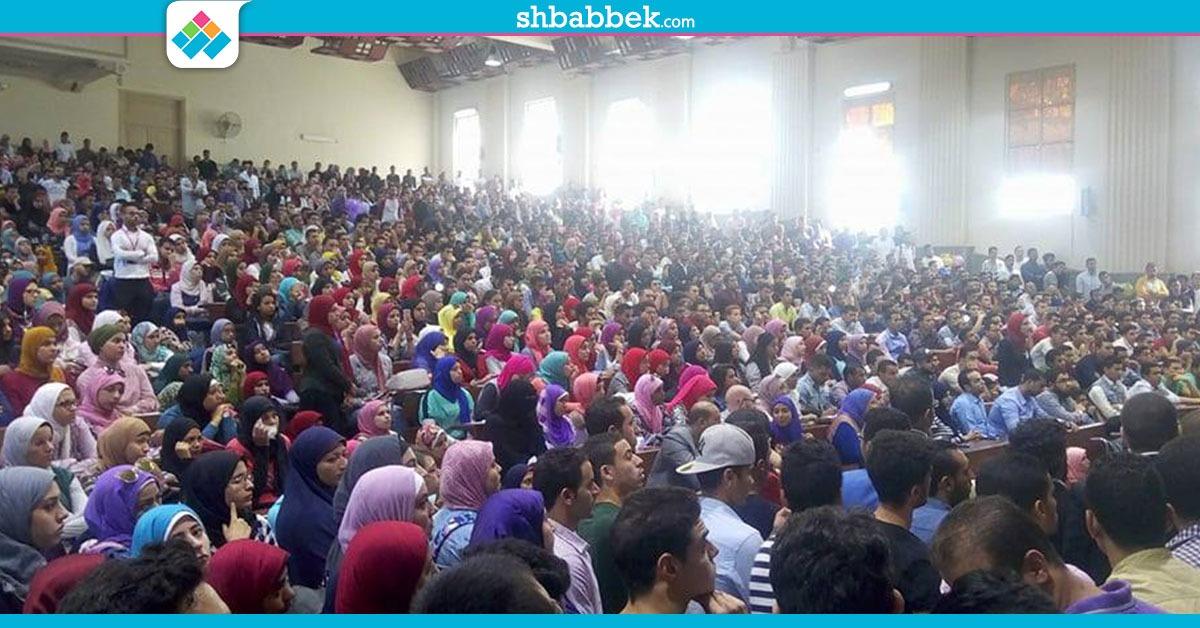 آلاف الطلاب في ندوة لأسرة المستقلين بتجارة القاهرة