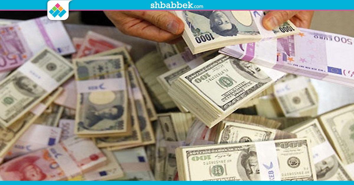 خلال تعاملات اليوم.. الدولار يتجاوز 18 جنيها في معظم البنوك