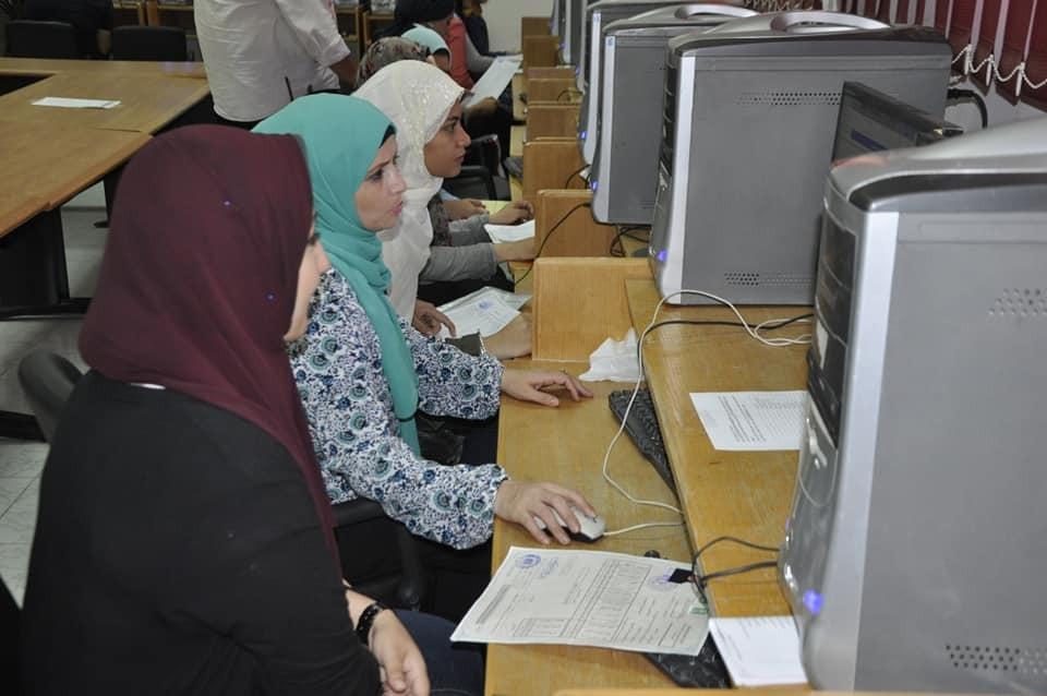 500 طالبا سجلوا رغباتهم في المرحلة الثانية بمعامل تنسيق جامعة قناة السويس
