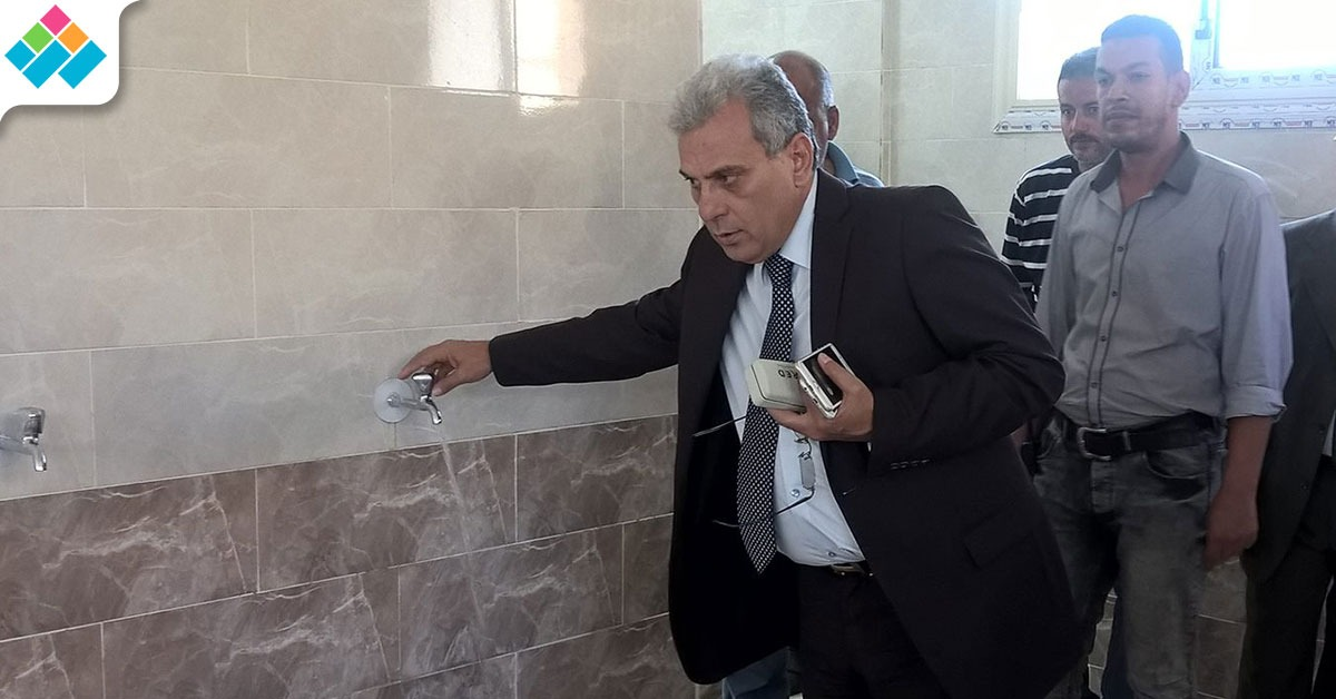 آخر يوم له في الجامعة.. جابر نصار يفتتح توسعات دورة مياه المسجد (صور)