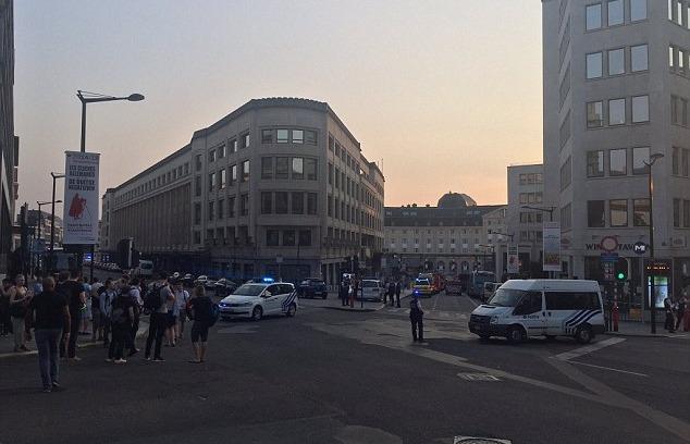 الشرطة البلجيكية تقتل شخصا حاول تفجير محطة قطارات في بروكسل