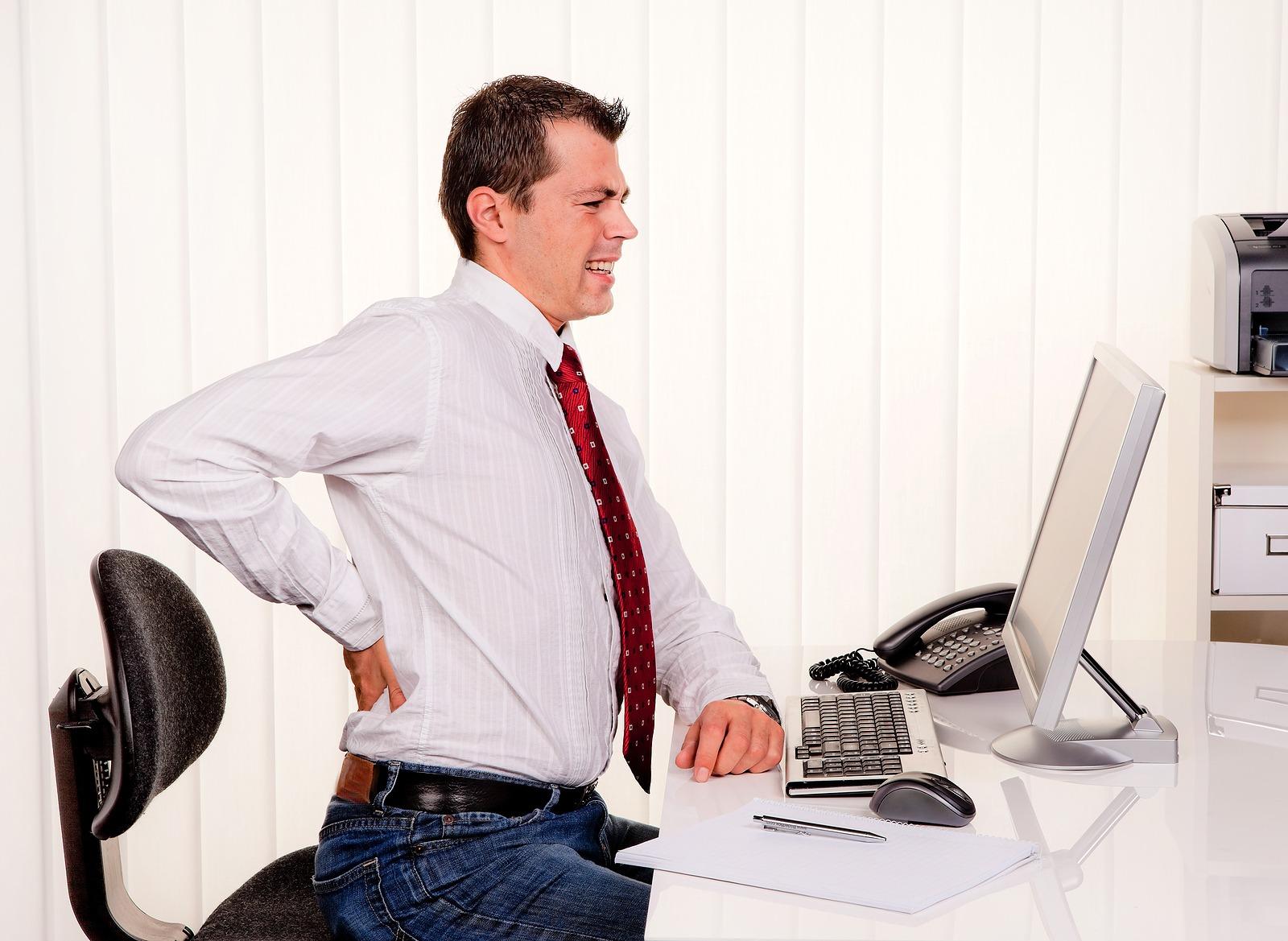 طريقة الجلوس الآمن أمام الكمبيوتر
