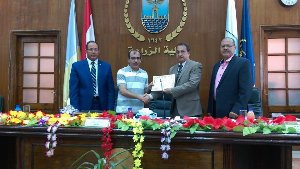 الدكتور إيهاب عيسى يفوز بلقب «باحث جامعة الإسكندرية» في العلوم الزراعية